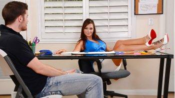 Příručka Nadsamce – 10 pravidel pro sex se šéfovou