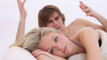 Sexuální poradna: Vaginismus jako jedna z příčin bolesti při sexu