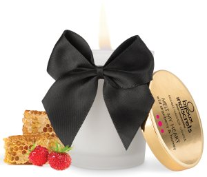 Masážní svíčka Melt My Heart - lesní jahody a med – Svíčky pro uvolňující i erotickou masáž