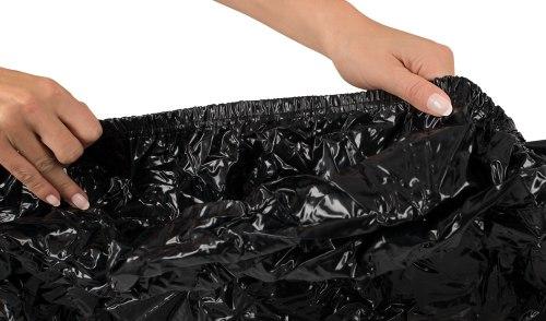 Lakované napínací prostěradlo s gumou, černé