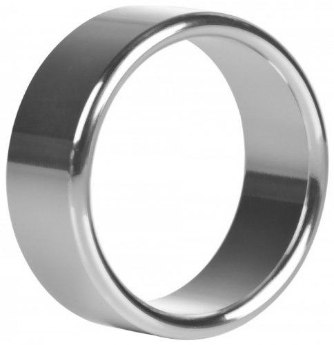 Široký kovový erekční kroužek