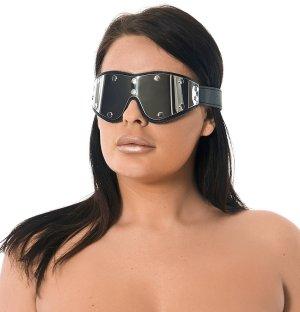 Okovaná kožená maska na oči Rimba – Masky na oči