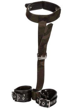 Maskáčový postroj s pouty a obojkem COLT Camo – Bondage sady a postroje pro důkladné svázání