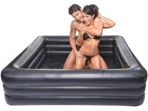 Nafukovací bazén na mokré hrátky – Erotický nábytek