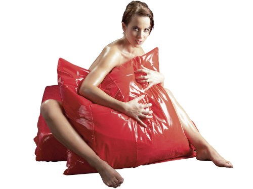 Lakovaný vinylový povlak na polštář, červený