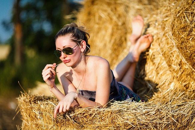 Sex v přírodě je pecka. Ne jako plánovitá záležitost ve stylu dnes si uděláme výlet, abychom si tam zapíchali. Spíše jako vedlejší produkt pěkného dne a momentálního vzplanutí.