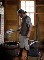 Pití vody od kováře byla patrně jedna z mála účinných antikoncepčních opatření středověku.