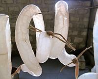 Prasečí střeva připomínají dnešní kondom na první pohled.