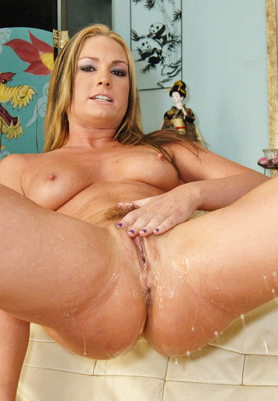 Flower Tucci Squirt