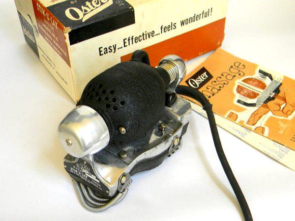 Masážní strojek Stim-U-Lax od firmy Oster rozhodně nepatří mezi nejskladnější zařízení svého druhu