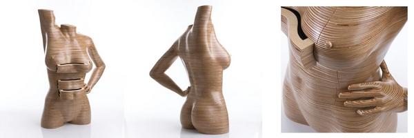 Dílo uměleckého řezbáře a nábytkáře Petera Rolfa: žena s šuplíčky