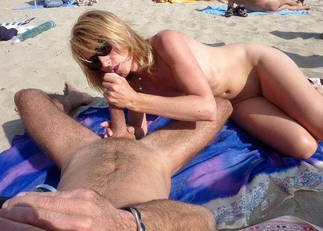 Při sexu na nudapláži zjistíš, jestli máš v okolí puritány