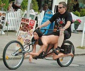 Sexem na kole nemám na mysli tohle, rozumíme?