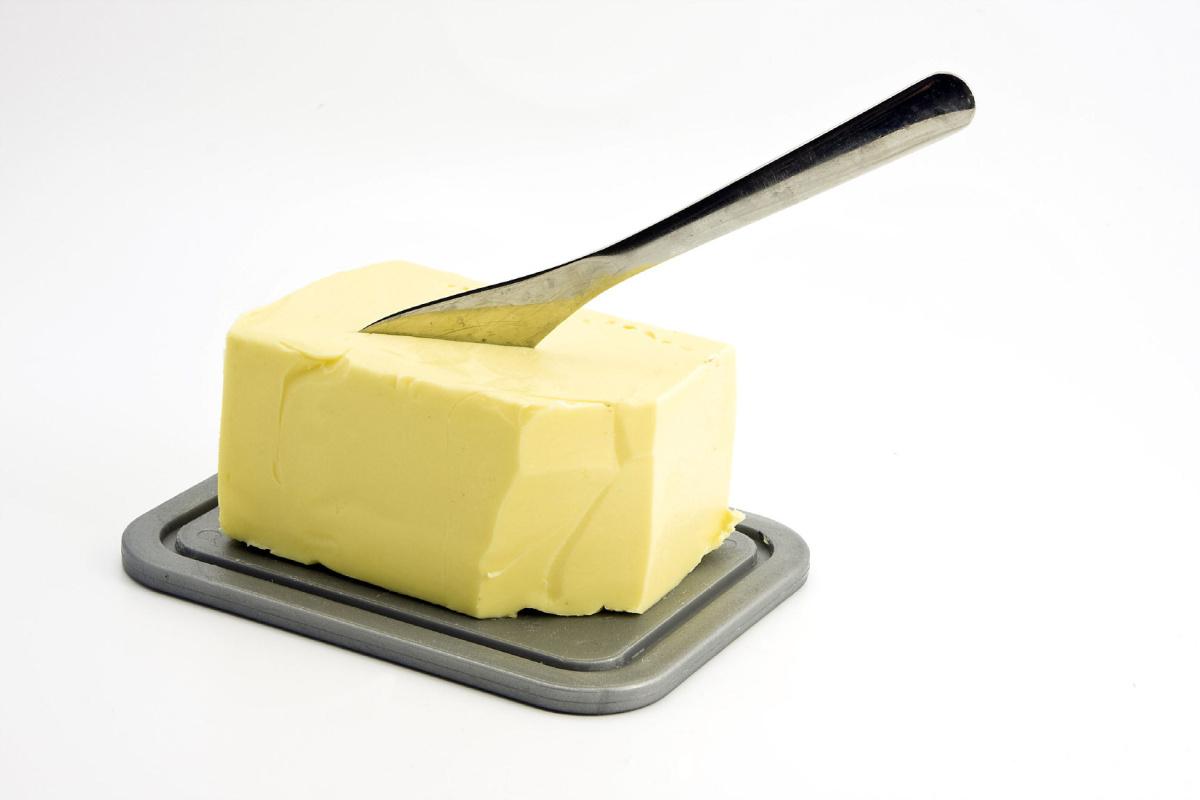 Máslo nechte raději na vymaštění pekáče...