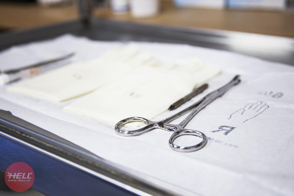 Piercerovy pracovní nástroje