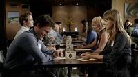 I takhle může vypadat rychlé rande - lidé dostanou čísla a muži se na signál posouvají od jednoho místa ke druhému