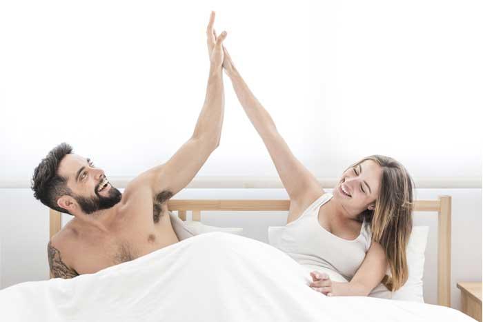 Partnerská spolupráce výkonu v posteli svědčí.