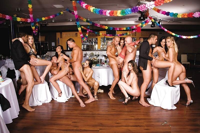 Swinger skupina orgie